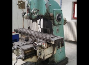 Milling Machine with NC DRO